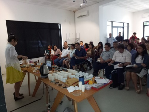 Belajar Ragam Dan Basic Knowledge Teh Di Indonesian Tea Class
