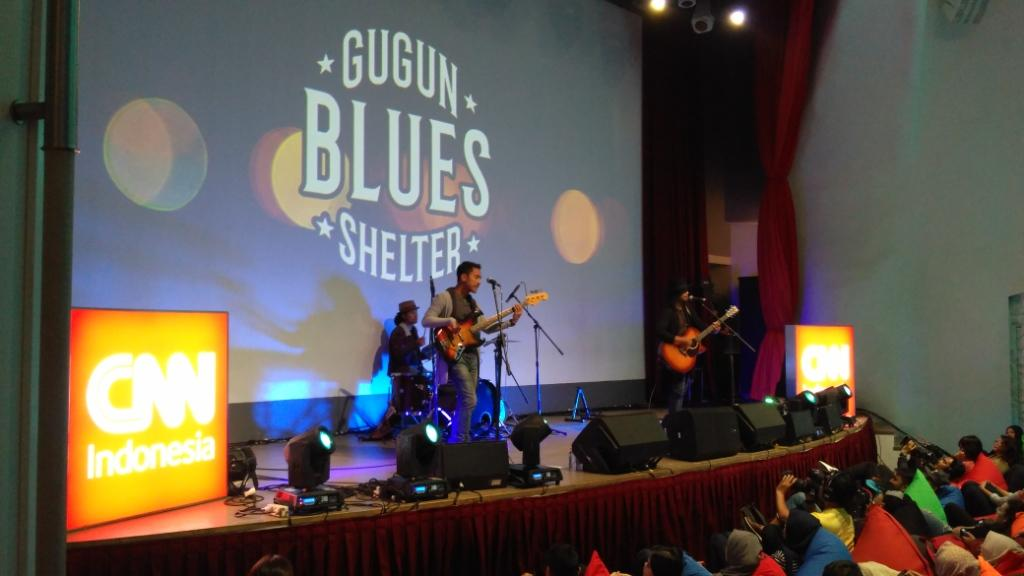 Opening Music At Newsroom Special Echoin Indonesia oleh Gugun Blues Shelter